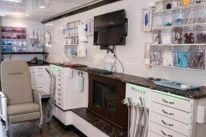 Mobile dentistry van