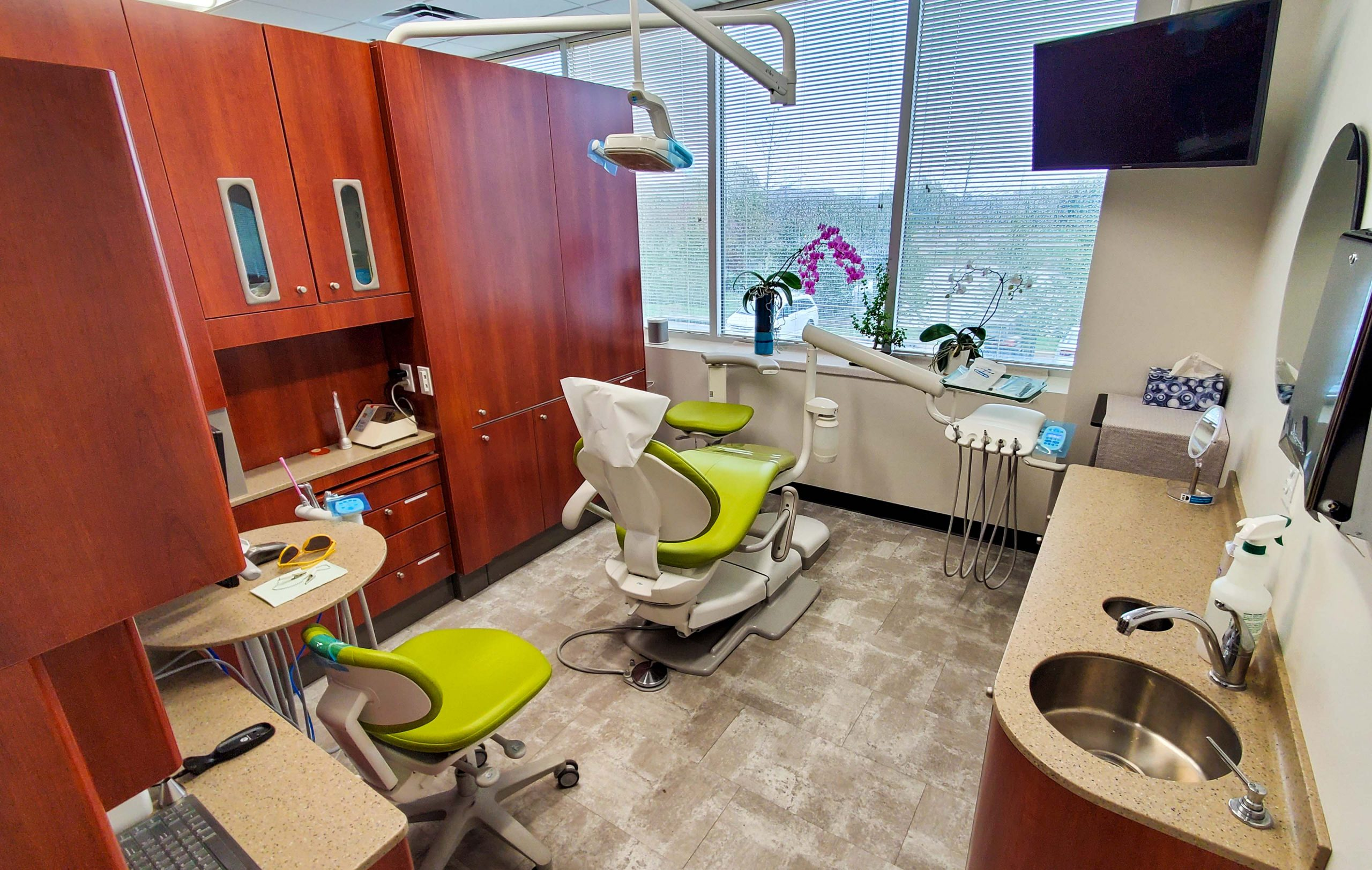 Dental Innovations of Virginia - Exam room